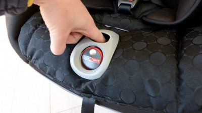 Britax-ClickTight-adjuster-button