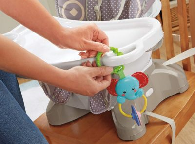Fisher-Price SpaceSaver High Chair-feature