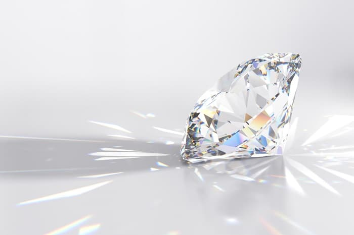 White Sapphire Engagement Ring shine