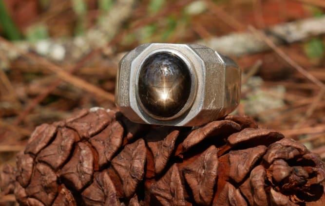 Black Gemstones black star sapphire