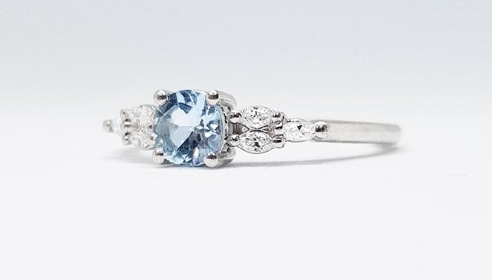 Diamond Accents marquise