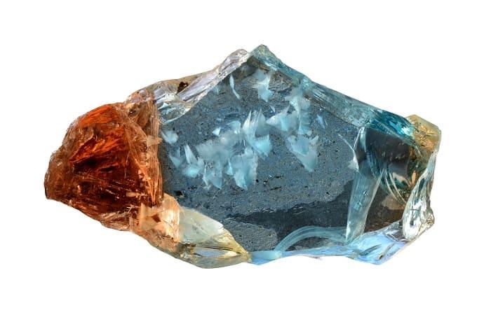 Sapphire vs Topaz - bicolor topaz