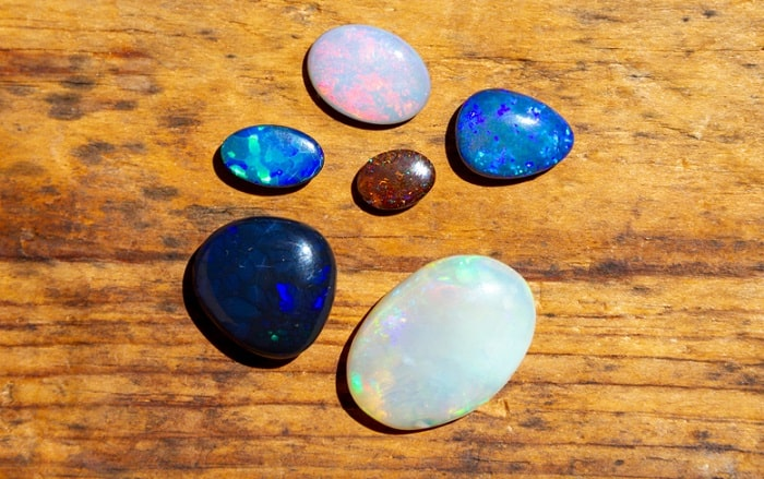 October birthstone opals