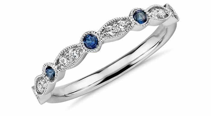 september birthstone sapphire ring